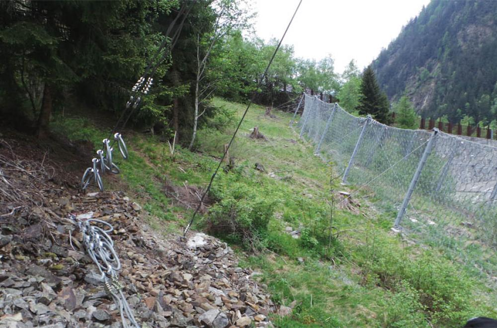 ROCKFALL BARRIERS